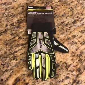 NWT Youth Medium Football Receiver Gloves NEW